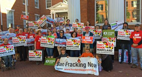 frackingpetitionrallyfolks500w