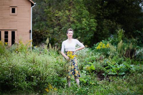 Sarah Baker in her yard (photo by Amanda Mae Taylor)
